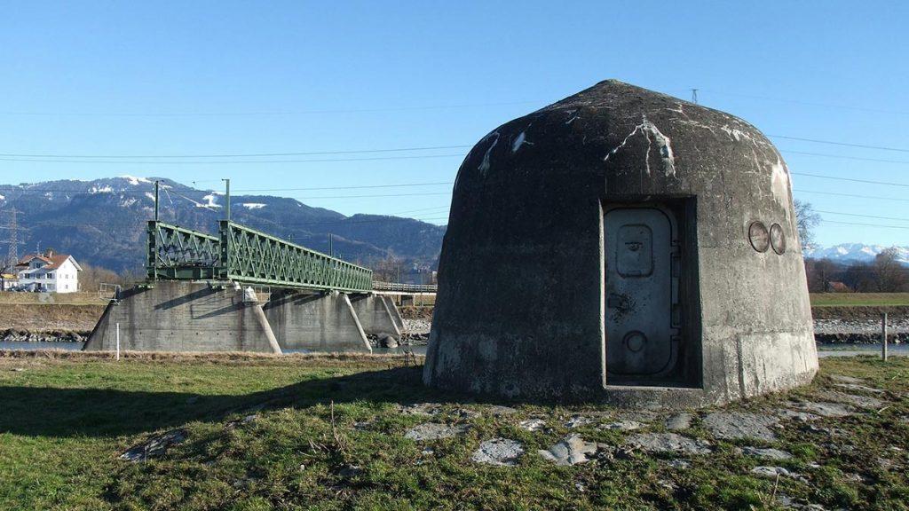esterno-bunker-svizzera